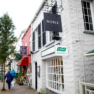 Noble in Holywood.
