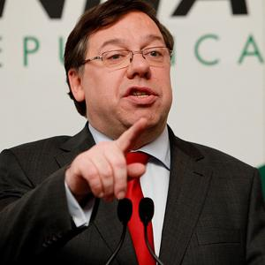 Brian Cowen will spend the weekend discussing his future plans with family and advisers
