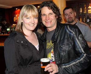 Pictured enjoying the Harp Ice Cold Big Gig on 23rd April are Geoff and Carrie Dickson