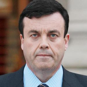 Former finance minister Brian Lenihan has died after a battle with cancer