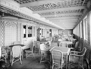 Titanic first class cafe parisienne. Photograph © National Museums Northern Ireland. Collection Harland & Wolff, Ulster Folk & Transport Museum