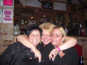 Margaret  Nelson, Cathy Pollock and Charlene Close partying in Bar Berlin
