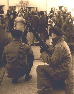 IRA gunmen in Derry during a Bloody Sunday commemoration. Pacemaker Press Intl. 29 Jan. 1978