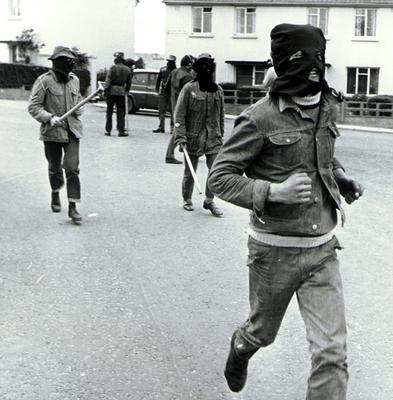 UDA on the streets of Londonderry.  30/09/72