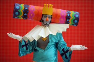 LONDON, ENGLAND - OCTOBER 26:  Luke Robertson, 28, from Lewes poses as the King of all Cosmos from the Katamari game series ahead of the MCM London Comic Con Expo at ExCel on October 26, 2012 in London, England. Visitors to the Comic Convention are encouraged to wear a costume of their favourite comic character and flock to the Expo to gather all the latest news in the world of comics, manga, anime, film, cosplay, games and cult fiction.  (Photo by Dan Kitwood/Getty Images)