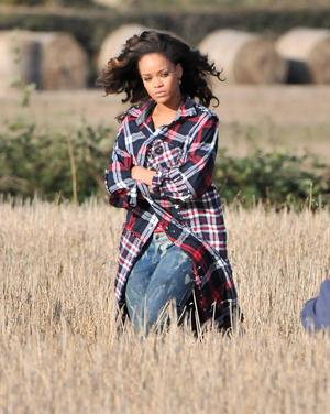 Press Eye - Belfast - Northern Ireland - 26 September 2011 -International singer Rihanna pictured this afternoon at a field near Bangor, County Down, Northern Ireland where she was recording a video for one of her new songs.Mandatory credit: Picture by Stephen Hamilton / Press Eye