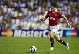 Park Ji-Sung of Manchester United in action during the UEFA Champions League group C match between Valencia and Manchester United on September 29, 2010 in Valencia, Spain