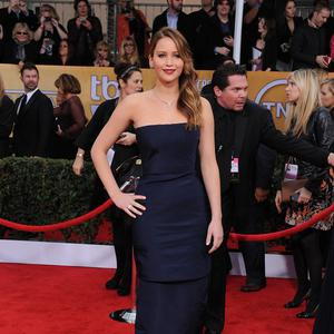 Jennifer Lawrence is recovering from pneumonia