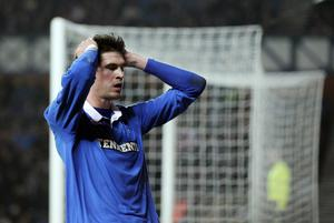 GLASGOW, SCOTLAND - FEBRUARY 17:  Kyle Lafferty of Rangers reacts after another near miss during the UEFA Europa League, round of 32, first leg football match between Glasgow Rangers and Sporting at Ibrox Stadium on February 17, 2011 in Glasgow, Scotland. (Photo by Ian MacNicol/Getty Images)