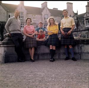 HM The Queen, HRH The Duke of Edinburgh, HRH The Prince of Wales, HRH The Prince Andrew, HRH The Prince Edward and HRH The Princess Anne in front of Balmoral Castle, Scotland during the Royal Family's annual summer holiday in September 1971. (Photo by Lichfield/Getty Images).