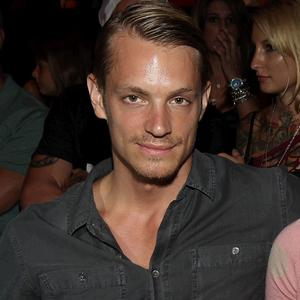Joel Kinnaman wil play the lead in the RoboCop remake