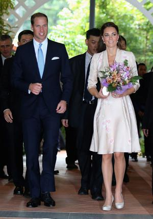 Catherine, Duchess of Cambridge and Prince William, Duke of Cambridge leave Singapore Botanical Gardens after a visit on day 1 of their Diamond Jubilee tour on September 11, 2012 in Singapore.