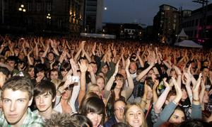Fans watch Stereophonics, Belsonic Festival in Custom House Square, Belfast