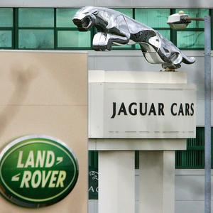 Jaguar Land Rover has announced the creation of 1,000 jobs at its plant in the West Midlands