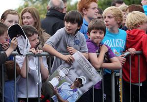 Press Eye - Belfast - Northern Ireland 2011 - 22nd June Picture by Jonathan Porter/ PressEye.com - US Open Champion 2011 Rory McIlroy returns to Hollywood Golf Club outside Belfast.  Fans pictured at the club.