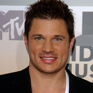Tv personality Nick Lachey is getting married again