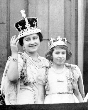 ROYAL Queen/George VI Coronation...File photo dated 12/5/1937 of Britain's Queen Elizabeth (later the Queen Mother) with her eldest daughter Princess Elizabeth (later the Queen) on the balcony of Buckingham Palace, after the coronation of King George VI....A