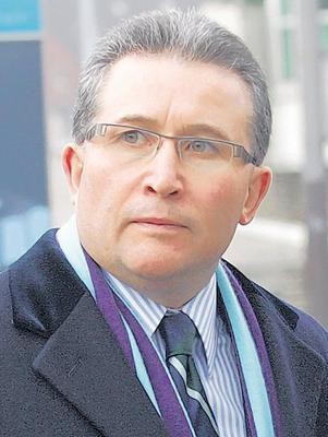 Meeting: Victor Barker, whose son, James, died in the Omagh bombing