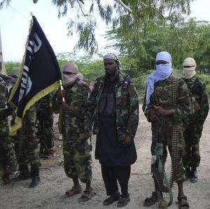 Al-Shabab resistance fighters on military exercise in Somalia