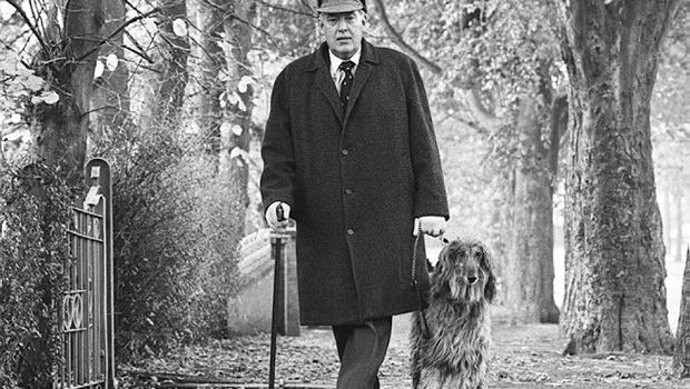 Rev Ian Paisley and his Afgan Dog Jason pictured out for a walk along Cyprus Ave. Belfast prior to the assembly elections.  Pacemaker Press Intl.  19/10/821047/82/BW