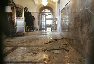 The lobby area of the Taj Mahal Hotel is seen in Mumbai, India, Saturday, Nov. 29, 2008. Indian commandos killed the last remaining gunmen holed up at the luxury Mumbai hotel Saturday, ending a 60-hour rampage through India's financial capital by suspected Islamic militants that killed people and rocked the nation. (AP Photo/The Hindustan Times, Anshuman Poyrekar) ** INDIA OUT, MANDATORY CREDIT **