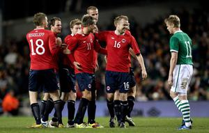 International Friendly, Aviva Stadium, Dublin 17/11/2010Republic of Ireland vs NorwayNorway's Morten Gamst Pedersen celebrates with teammates after scoring a freekickMandatory Credit ©INPHO/Cathal Noonan *** Local Caption ***