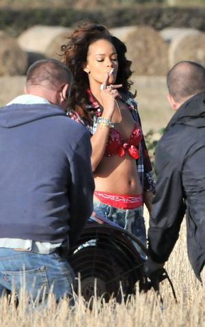 Press Eye - Belfast - Northern Ireland - 26 September 2011 -International singer Rihanna pictured this afternoon at a field near Bangor, County Down, Northern Ireland where she was recording a video for one of her new songs.