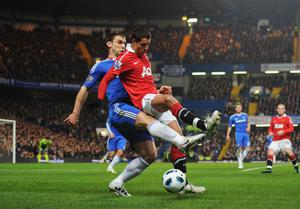 LONDON, ENGLAND - MARCH 01: Javier Hernandez of Manchester United is challenged by Branislav Ivanovic of Chelsea during the Barclays Premier League match between Chelsea and Manchester United at Stamford Bridge on March 1, 2011 in London, England.  (Photo by Clive Mason/Getty Images)