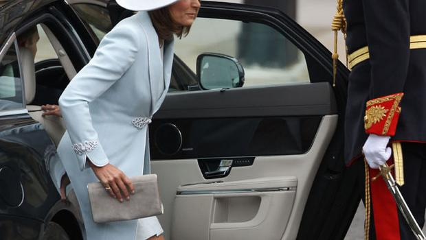 LONDON, ENGLAND - APRIL 29:  Mother of the bride Carole Middleton arrives to attend the Royal Wedding of Prince William to Catherine Middleton at Westminster Abbey on April 29, 2011 in London, England. The marriage of the second in line to the British throne is to be led by the Archbishop of Canterbury and will be attended by 1900 guests, including foreign Royal family members and heads of state. Thousands of well-wishers from around the world have also flocked to London to witness the spectacle and pageantry of the Royal Wedding.  (Photo by Dan Kitwood/Getty Images)
