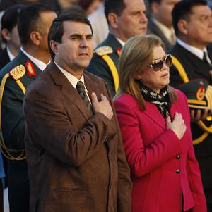 Paraguay's new president Federico Franco attends a Mass with his wife outside the Cathedral in Asuncion, Paraguay (AP/Jorge Saenz)