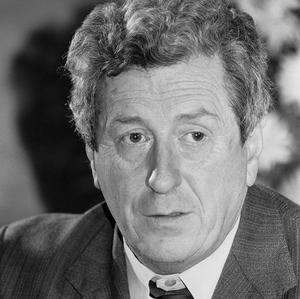 Former taoiseach Garret FitzGerald pleaded with Ronald Reagan to pile pressure on Margaret Thatcher over the hunger strikes