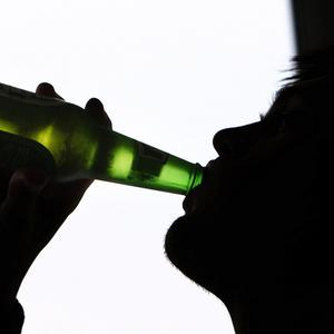 Newly qualified drivers may be banned from drinking any alcohol before getting behind the wheel in Northern Ireland