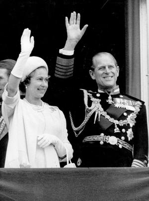 Queen Elizabeth II:The Queen and Duke of Edinburgh attended a service to mark her Silver Jubilee, at St Paul's Cathedral. 7/7/1977