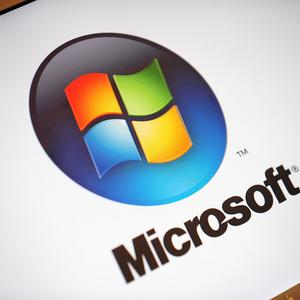 German IT experts have warned of a possible security breach on Microsoft's Internet Explorer