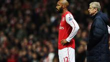 LONDON, ENGLAND - JANUARY 09:  Thierry Henry of Arsenal prepares to come on as a substitute during the FA Cup Third Round match between Arsenal and Leeds United at the Emirates Stadium on January 9, 2012 in London, England.  (Photo by Clive Mason/Getty Images)