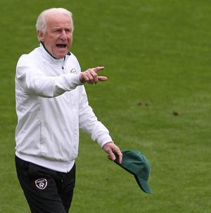 Giovanni Trapattoni has warned Italy that Ireland will give them a tough game on Monday