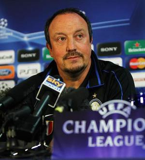 "<b>""Some people cannot see a priest on a mountain of sugar""</b><br/> Rafael Benitez on Liverpool successor Roy Hodgson"