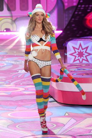 NEW YORK, NY - NOVEMBER 07:  Model Ieva Laguna walks the runway during the Victoria's Secret 2012 Fashion Show on November 7, 2012 in New York City.  (Photo by Bryan Bedder/Getty Images for SWAROVSKI ELEMENTS)