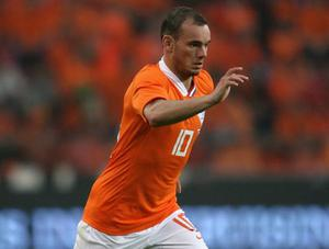 <b>Wesley Sneijder (Netherlands)</b><br/> While the Inter Milan midfielder will have some competition, Sneijder will be expected to step up and take the free-kicks that come Holland's way. Starting at Ajax, then at Real Madrid and now under Jose Mourinho in Italy, the Dutchman has made himself the first choice dead-ball specialist. He's already scored numerous free-kicks since moving to Italy, including against CSKA Moscow as Inter progressed through the Champions League. If he fails to score from a dead-ball situation, he can be relied on to hit some beautiful long range efforts; his stunning goals helped light up Euro 2008.
