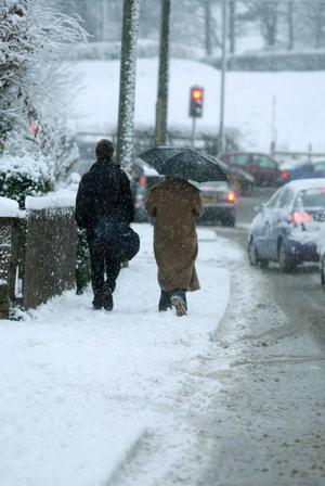 People make their way to work in Carryduff February 2009