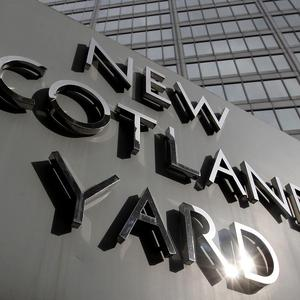 Scotland Yard has handed the CPS files on five journalists investigated over suspected phone hacking offences