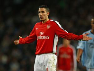 Robin van Persie has said he will not be extending his contract at Arsenal
