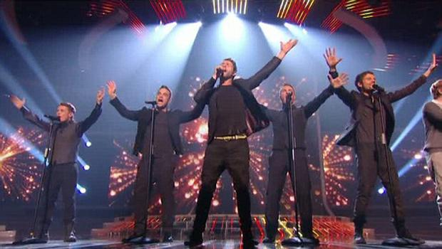 X Factor 2010 Final - Take That with Robbie Williams