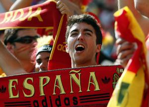 Spanish supporters cheer prior to the Euro 2012 soccer championship Group C match between  Spain and Italy in Gdansk, Poland, Sunday, June 10, 2012. (AP Photo/Michael Sohn)