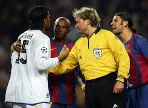 Rijkaard and the ref 'When I saw Rijkaard entering the referee's dressing room I couldn't believe it. When Drogba was sent off I didn't get surprised.'<br /> This quote from Mourinho caused a storm. The Chelsea boss was suggesting that Barcelona coach Frank Rijkaard had paid a visit to the dressing room of referee Anders Frisk during half-time of their Champions League encounter. It was a hugely damaging statement that led to a two match ban for Mourinho, saw him labelled the 'enemy of football' by Uefa's head of referees, and led to the retirement of Frisk who was receiving death threats following the match.