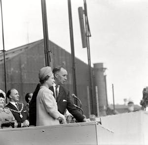 20/09/67 Britain's Queen Elizabeth II at the launch of the QE2.