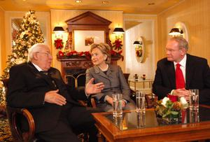 Handout photo of Senator Hilary Clinton with First Minister Northern Ireland Ian Paisley and Deputy First Minister Martin McGuinness at the Willard Hotel ,Washington DC. PRESS ASSOCIATION Photo. Picture date: Friday December 7, 2007. Photo credit should read: John Harrison/PA Wire