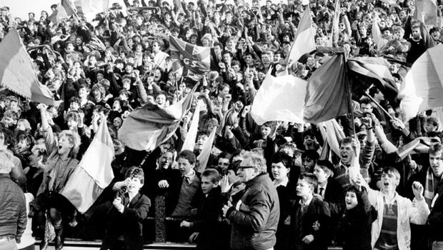 Jubilant Bangor Grammar Grammar School supporters show their delight as their team score their third try during the Schools' Cup Final at Ravenhill against RBAI. 17/3/1986
