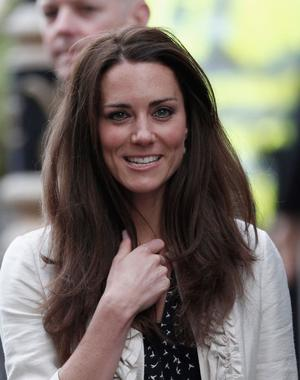 LONDON, ENGLAND - APRIL 28:  Catherine Middleton arrives at The Goring Hotel after visiting Westminster Abbey on April 28, 2011 in London, England. With less than 24 hours to go final preparations for the wedding of Prince William and Kate Middleton are in place.  (Photo by Christopher Furlong/Getty Images) *** Local Caption *** Catherine Middleton;