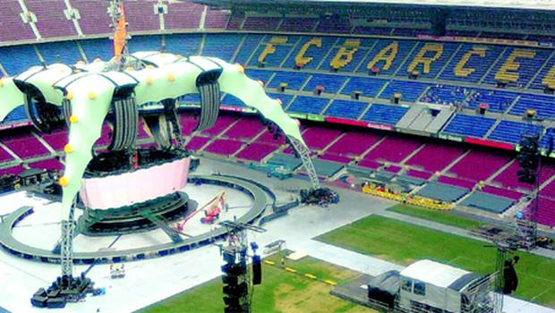 Claw -- the circular stage in Camp Nou, Barcelona